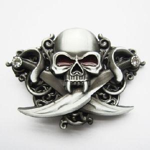 Boucle de ceinture Tête de mort Sabres - Boucle-de-ceinture.fr d4525b0d585